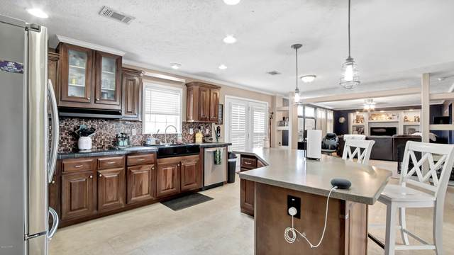 120 Elm Way, Panama City, FL 32404 (MLS #702485) :: Vacasa Real Estate