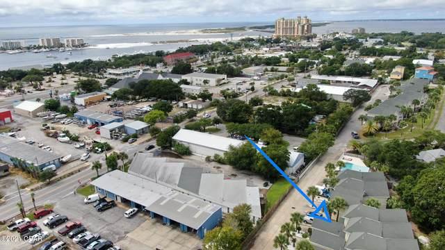 235 Pelican Place #4, Destin, FL 32541 (MLS #717686) :: Scenic Sotheby's International Realty
