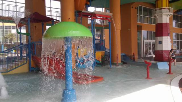 17729 Front Beach Road 1404E, Panama City Beach, FL 32413 (MLS #682730) :: ResortQuest Real Estate