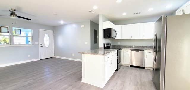 903 Huntington Drive, Springfield, FL 32401 (MLS #705075) :: Scenic Sotheby's International Realty