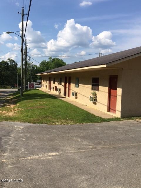 602 S Weeks Street, Bonifay, FL 32425 (MLS #659920) :: Keller Williams Success Realty