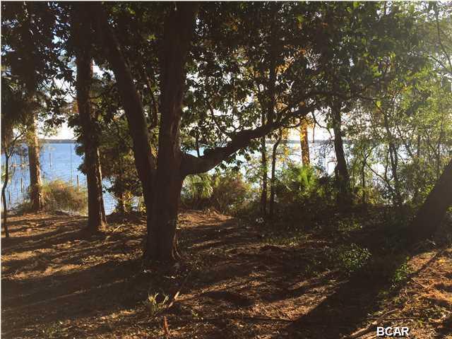 001 Bunkers Cove Road, Panama City, FL 32401 (MLS #663256) :: Counts Real Estate Group