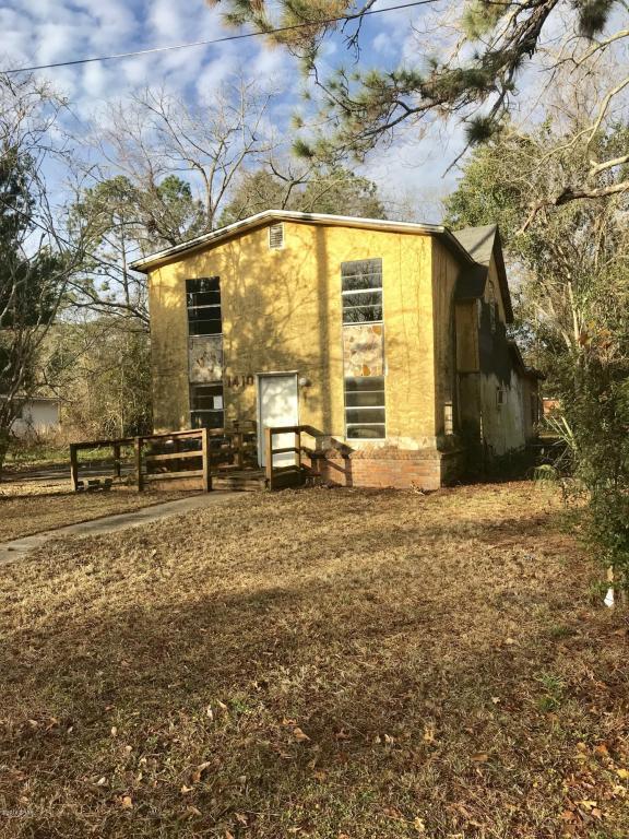 1410 Wisconsin Avenue, Lynn Haven, FL 32444 (MLS #668242) :: Berkshire Hathaway HomeServices Beach Properties of Florida