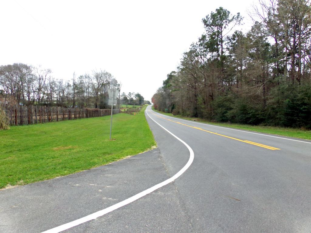 10048 State Road 20 - Photo 1