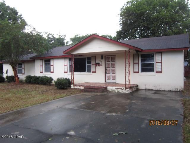 4330 Pearl Street, Marianna, FL 32448 (MLS #676569) :: ResortQuest Real Estate