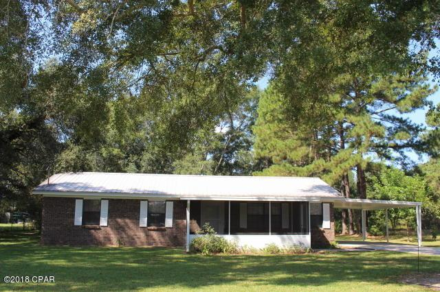 5475 9th Street, Malone, FL 32445 (MLS #677123) :: Berkshire Hathaway HomeServices Beach Properties of Florida