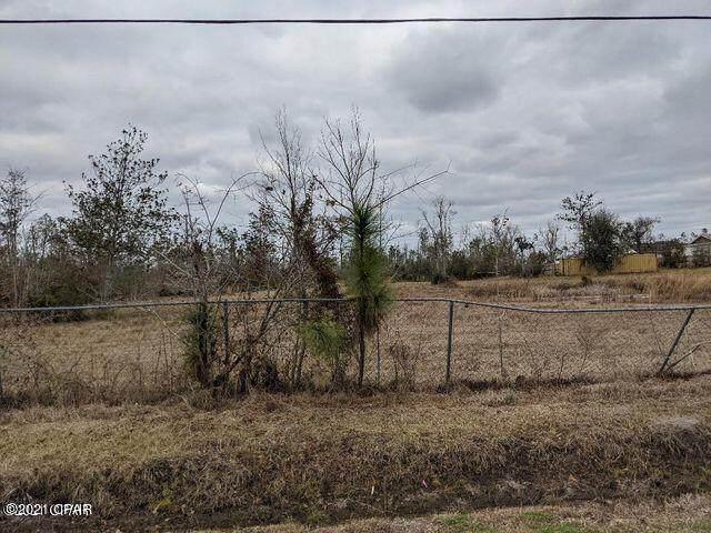 7521 Blueberry Road, Panama City, FL 32404 (MLS #716972) :: Vacasa Real Estate