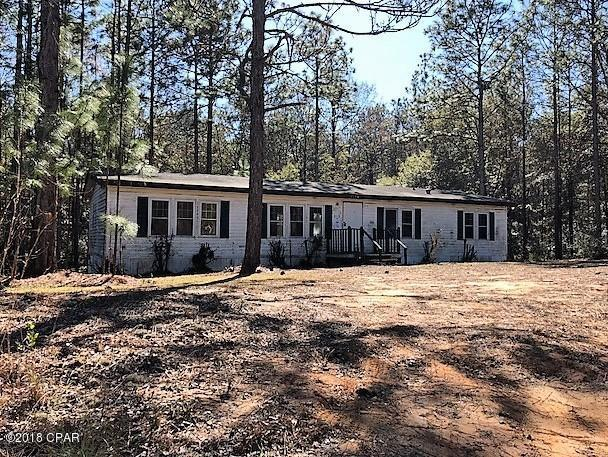 1034 Fairview Road, Marianna, FL 32448 (MLS #668190) :: Scenic Sotheby's International Realty