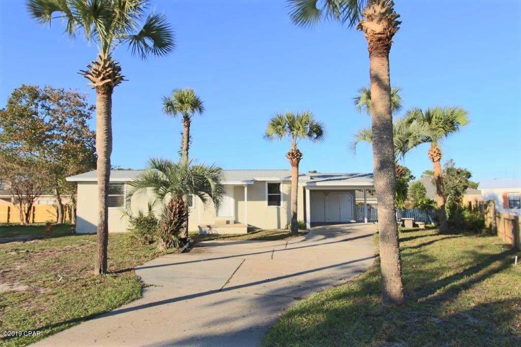 615 Lagoon Oaks Circle - Photo 1
