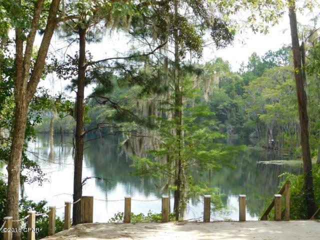 3899 Country Club Boulevard, Chipley, FL 32428 (MLS #673773) :: ResortQuest Real Estate
