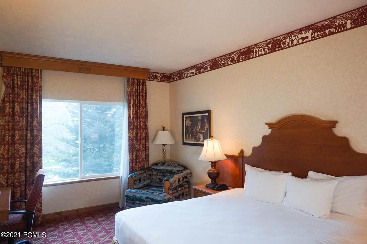 784 Resort Drive - Photo 1