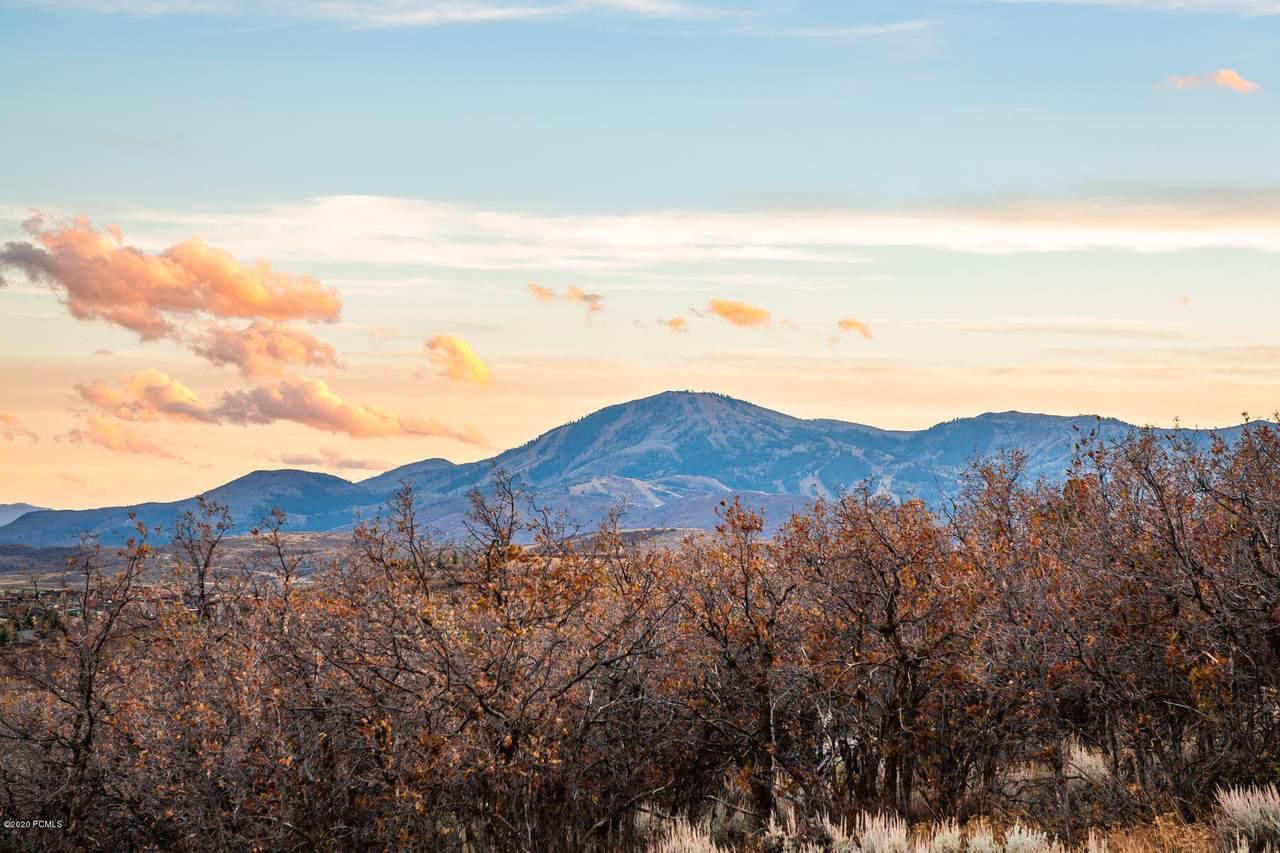 8041 Sunrise Loop - Photo 1