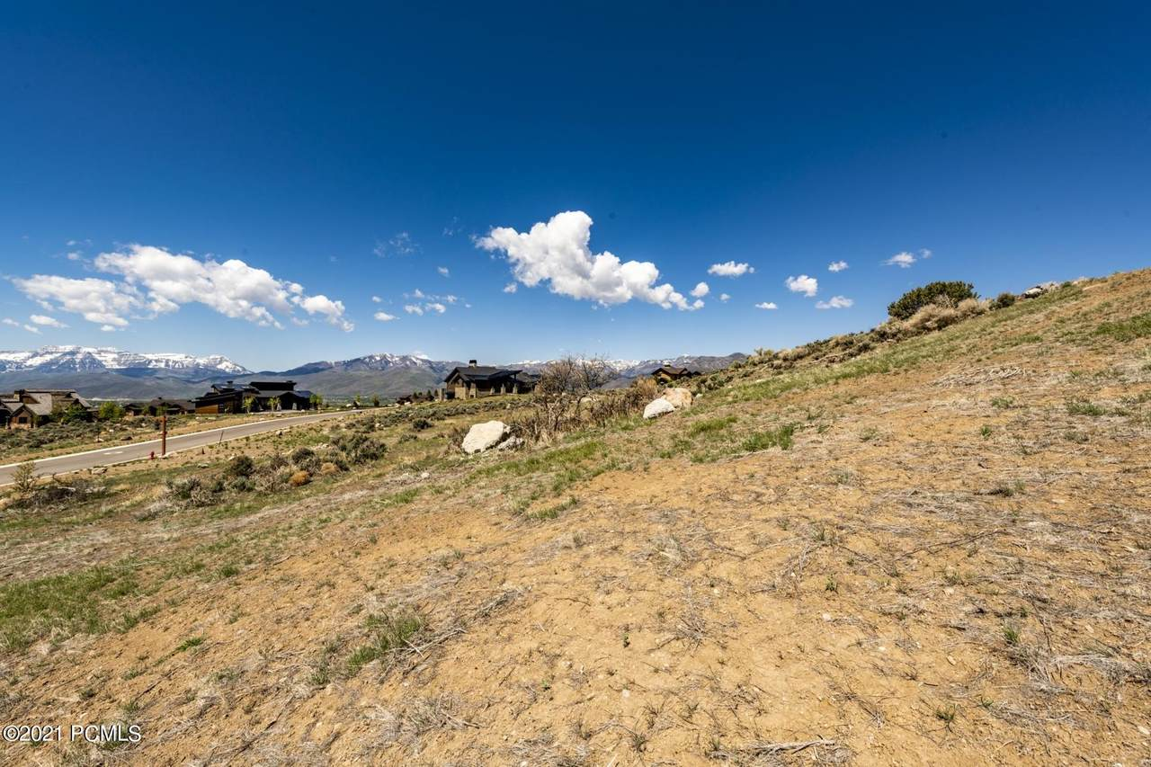 2075 Notch Mountain Circle - Photo 1