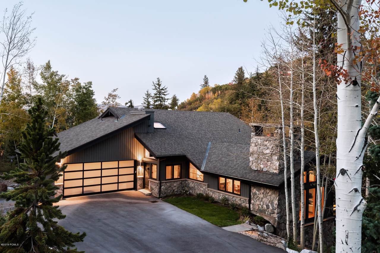 3560 Big Spruce Way - Photo 1