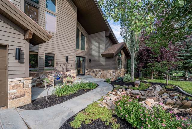 8885 Sackett Drive, Park City, UT 84098 (MLS #11907384) :: Lookout Real Estate Group