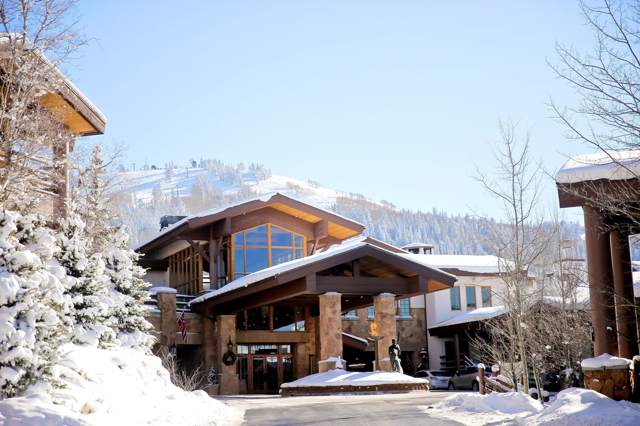 7700 Stein Way #103, Park City, UT 84060 (MLS #12000204) :: High Country Properties