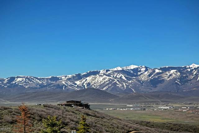 8888 Mountain Crest Road, Park City, UT 84098 (MLS #12003415) :: High Country Properties