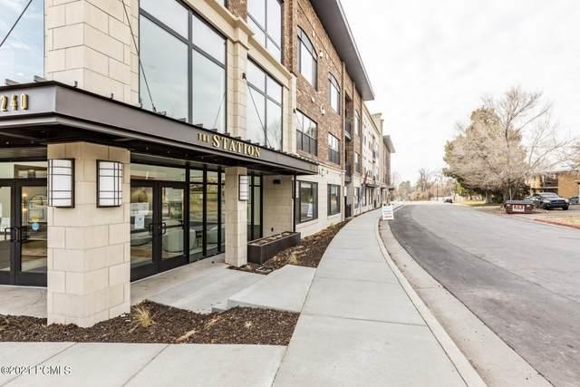 2240 E Laney Avenue #104, Salt Lake City, UT 84117 (#12100772) :: Livingstone Brokers