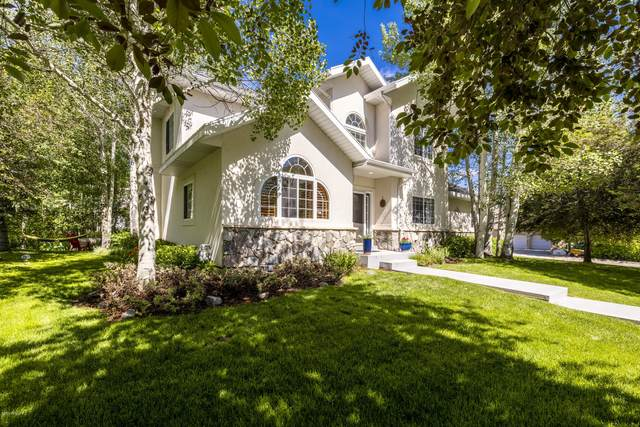 4471 Willow Creek Drive, Park City, UT 84098 (#12002143) :: Red Sign Team