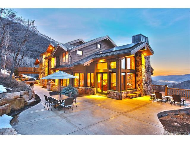 25 Canyon Court, Park City, UT 84060 (MLS #11605077) :: High Country Properties