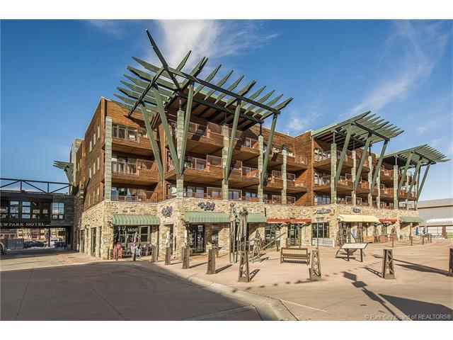 1476 Newpark Boulevard #306, Park City, UT 84098 (MLS #11700479) :: High Country Properties