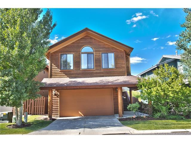 1055 Lincoln Lane, Park City, UT 84098 (MLS #11701680) :: High Country Properties