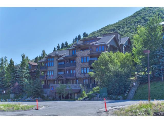 2550 Deer Valley #401, Park City, UT 84060 (MLS #11702533) :: The Lange Group