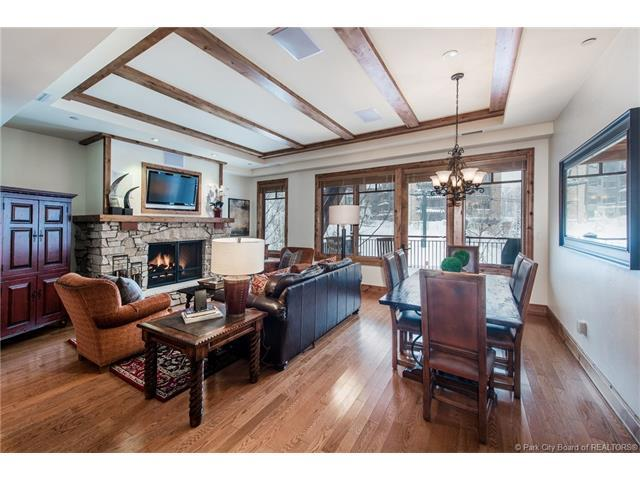 7715 Village Way #304, Park City, UT 84060 (MLS #11702619) :: The Lange Group