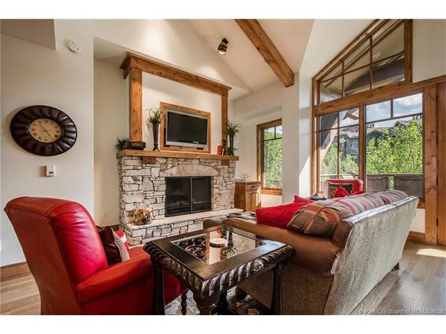 7715 Village Way #302, Park City, UT 84060 (MLS #11702831) :: High Country Properties