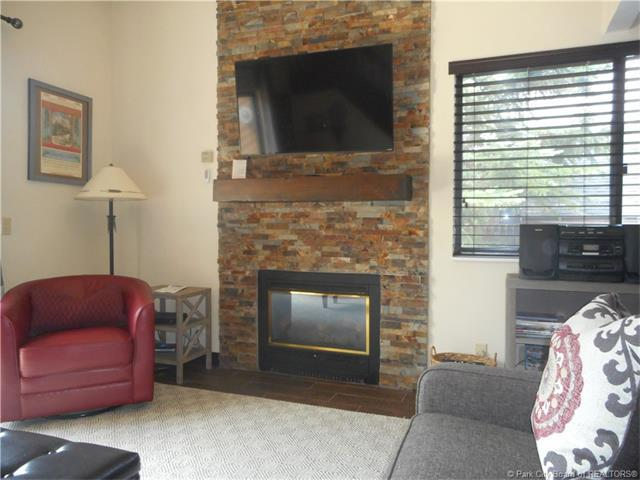 2025 Canyons Resort Dr. Drive O-6, Park City, UT 84098 (MLS #11703340) :: The Lange Group