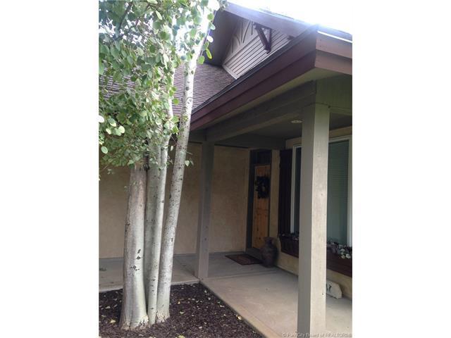 1083 N Matterhorn Court, Midway, UT 84049 (MLS #11703776) :: High Country Properties