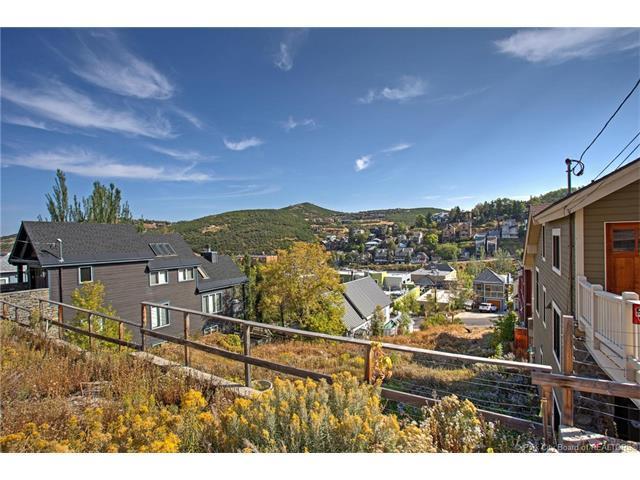324 Woodside Avenue, Park City, UT 84060 (MLS #11703799) :: High Country Properties