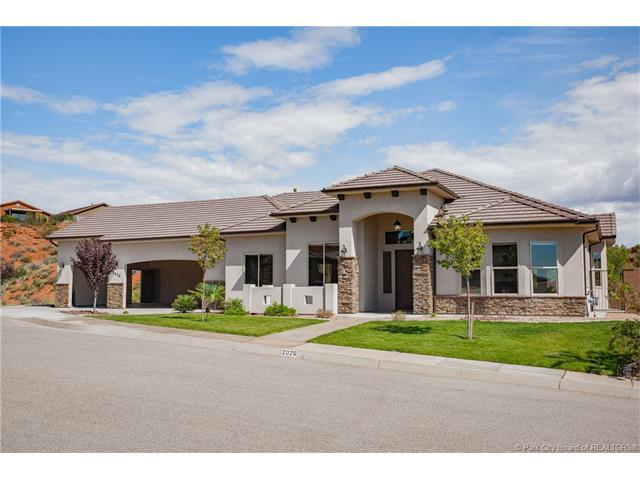 2026 E 1000 N Circle, Other City - Utah, UT 84770 (MLS #11704244) :: The Lange Group