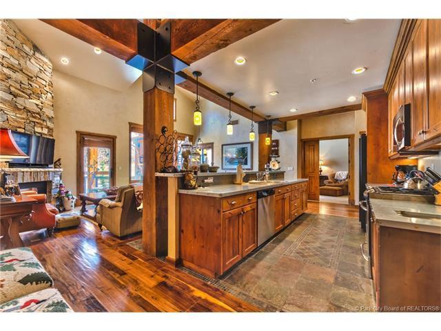 2880 Deer Valley Drive #6322, Park City, UT 84060 (MLS #11704354) :: High Country Properties