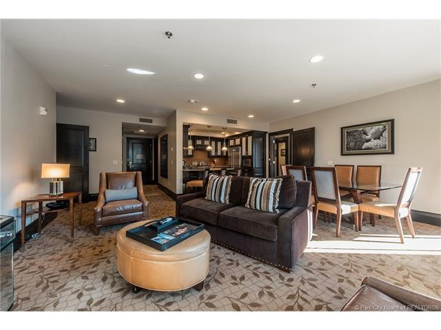 2100 Frostwood #6102, Park City, UT 84098 (MLS #11704724) :: High Country Properties