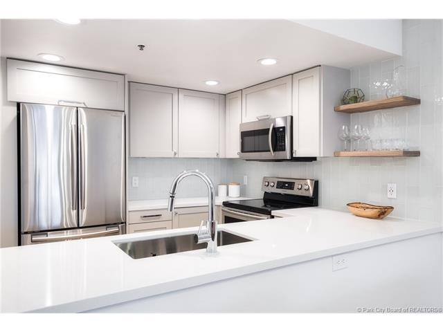 1525 Park Avenue #105, Park City, UT 84060 (MLS #11704826) :: High Country Properties