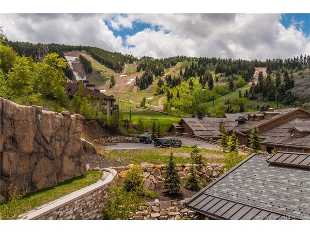 2300 E Deer Valley Drive 3A, Park City, UT 84060 (MLS #11705022) :: The Lange Group
