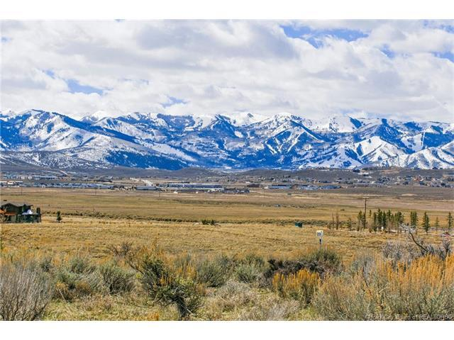 7227 N Westview Court, Park City, UT 84098 (MLS #11800073) :: High Country Properties