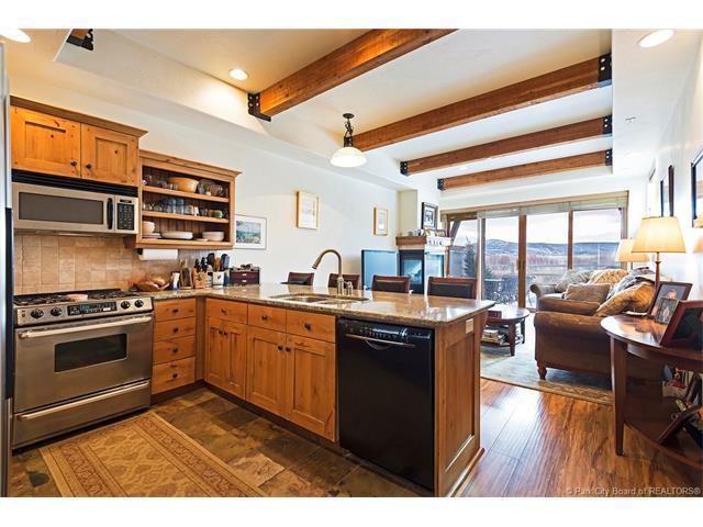 6296 N Park #16, Park City, UT 84098 (MLS #11800075) :: High Country Properties