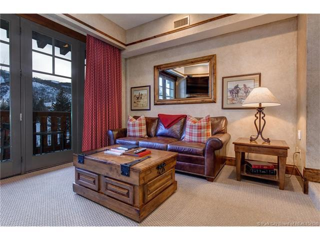 2001 Park Ave #312, Park City, UT 84060 (MLS #11800272) :: The Lange Group