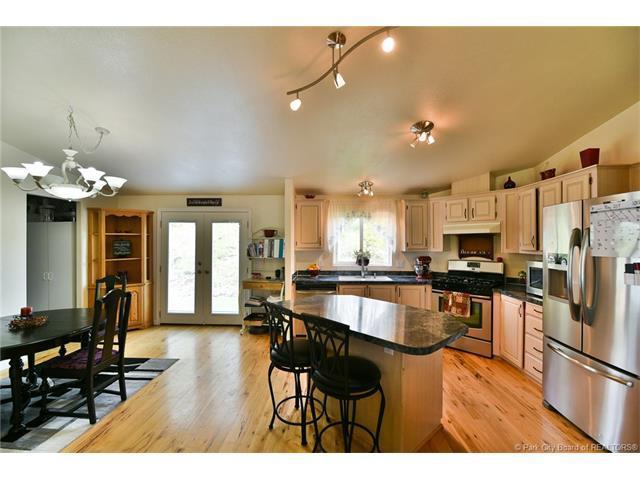 270 E 100 South, Coalville, UT 84017 (MLS #11800306) :: Lawson Real Estate Team - Engel & Völkers