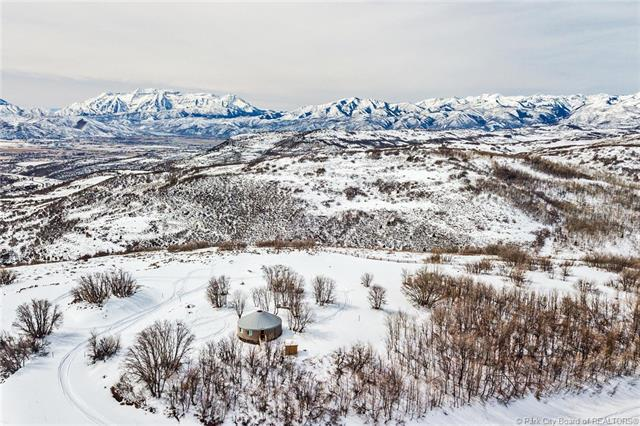7688 E Forest Creek Road, Woodland, UT 84036 (MLS #11801794) :: The Lange Group