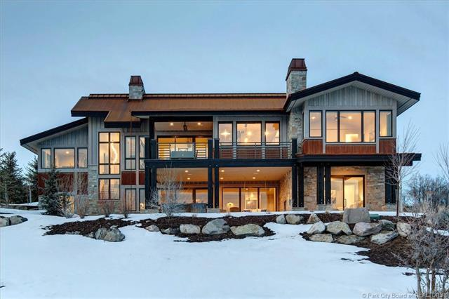8982 N Mountain Crest Road, Park City, UT 84098 (MLS #11803105) :: High Country Properties