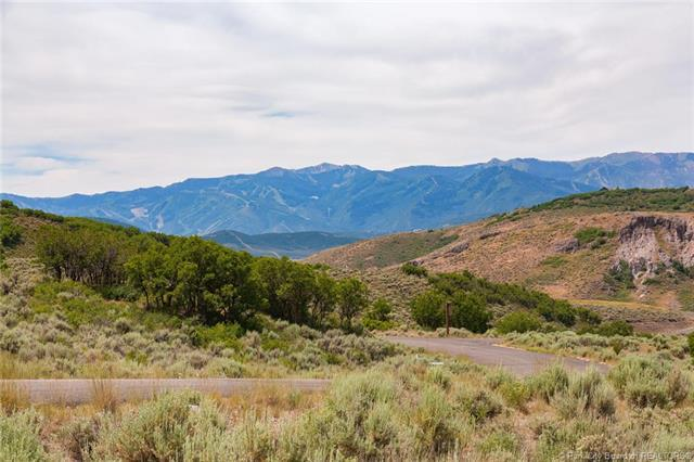 1864 Canyon Gate Road, Park City, UT 84098 (MLS #11804635) :: High Country Properties