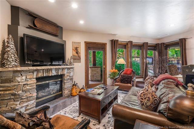2880 Deer Valley Drive #6114, Park City, UT 84060 (MLS #11805732) :: Lawson Real Estate Team - Engel & Völkers