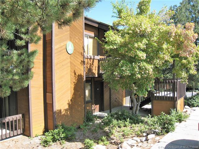 2025 Canyons Resort Drive R-4, Park City, UT 84098 (MLS #11805837) :: The Lange Group