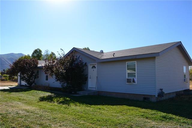 415 W 5500, Oakley, UT 84055 (MLS #11805975) :: The Lange Group