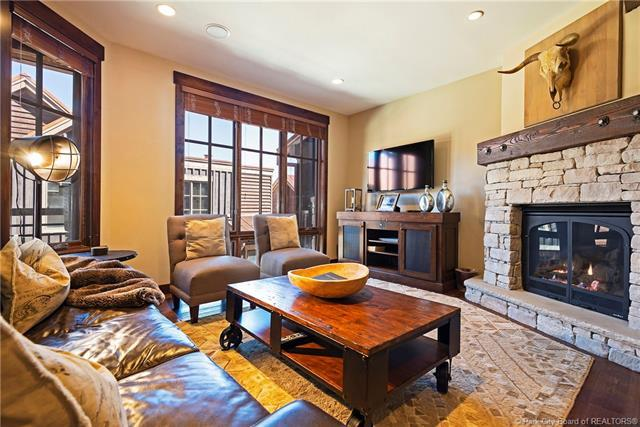 1825 Three Kings Drive #302, Park City, UT 84060 (MLS #11807367) :: Lookout Real Estate Group