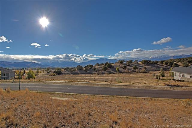 427 S Lindsay Spring, Heber City, UT 84032 (MLS #11807468) :: High Country Properties