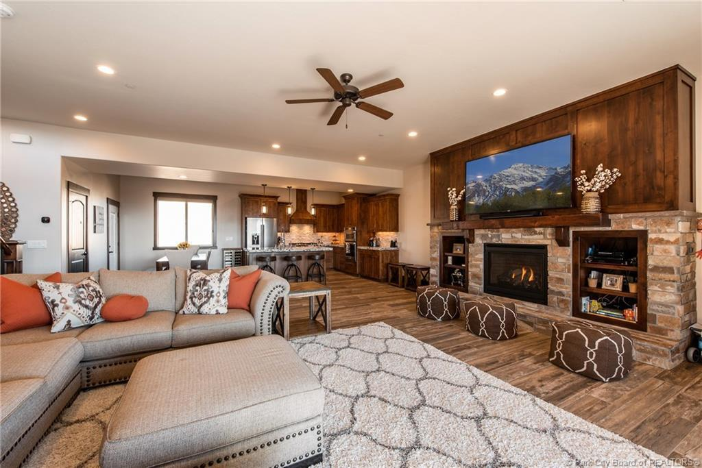 1731 E Viewside Circle, Hideout, UT 84036 (MLS #11808168) :: The Lange Group